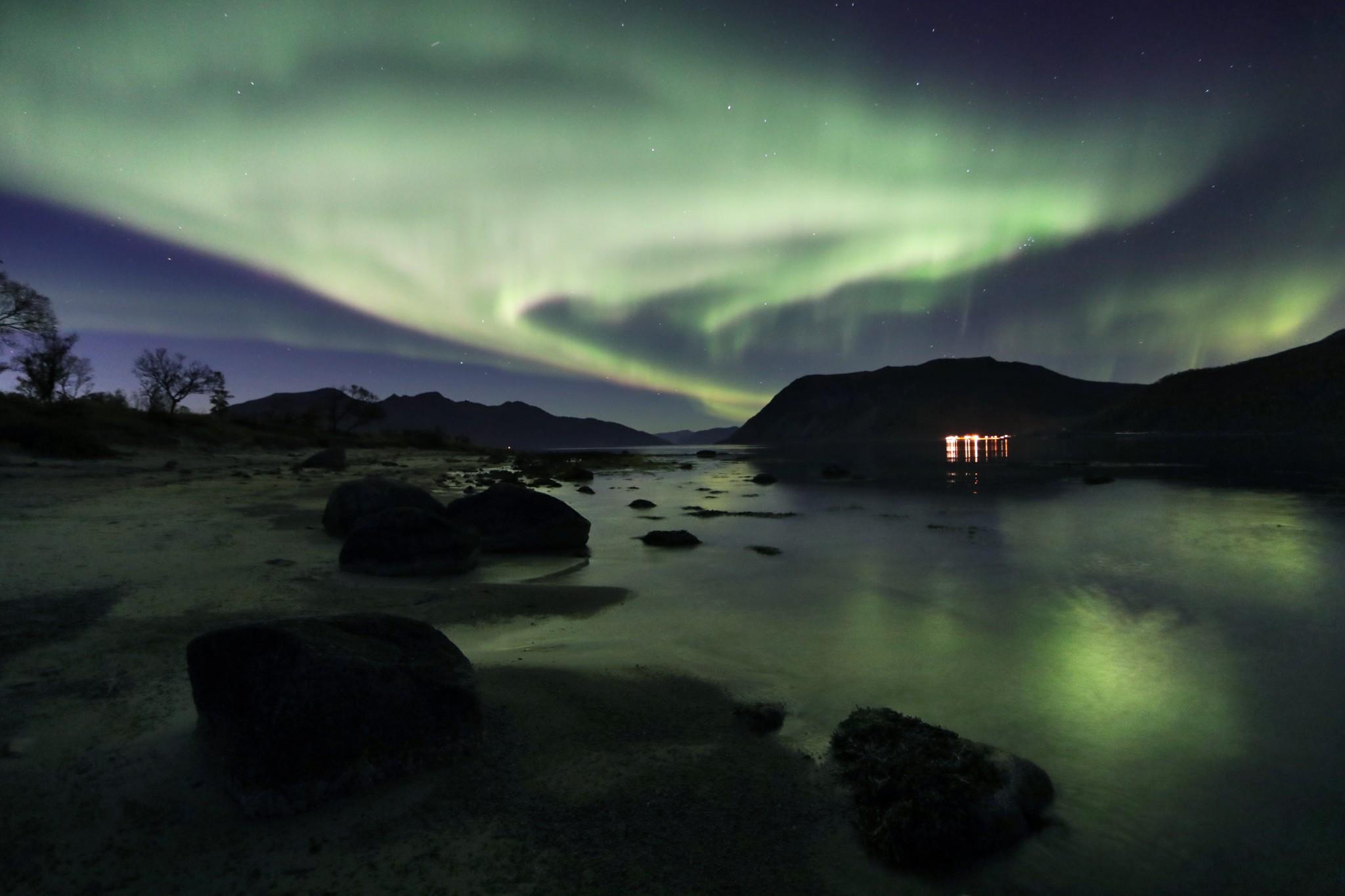 Enjoy The Arctic Northern Lights Tours